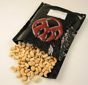 Kešu ořechy, solené přírodní mořskou solí, 1 kg