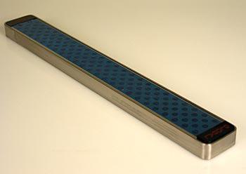 Global G-42/41 magnetická lišta pro nože Global, 41cm, ks